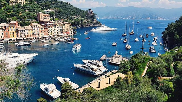 📍 Portofino, Italy 🔴 Endless Blue 🔴