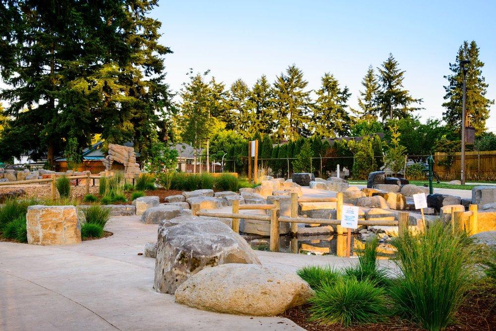 Khunamowkst Park,  Portland, OR