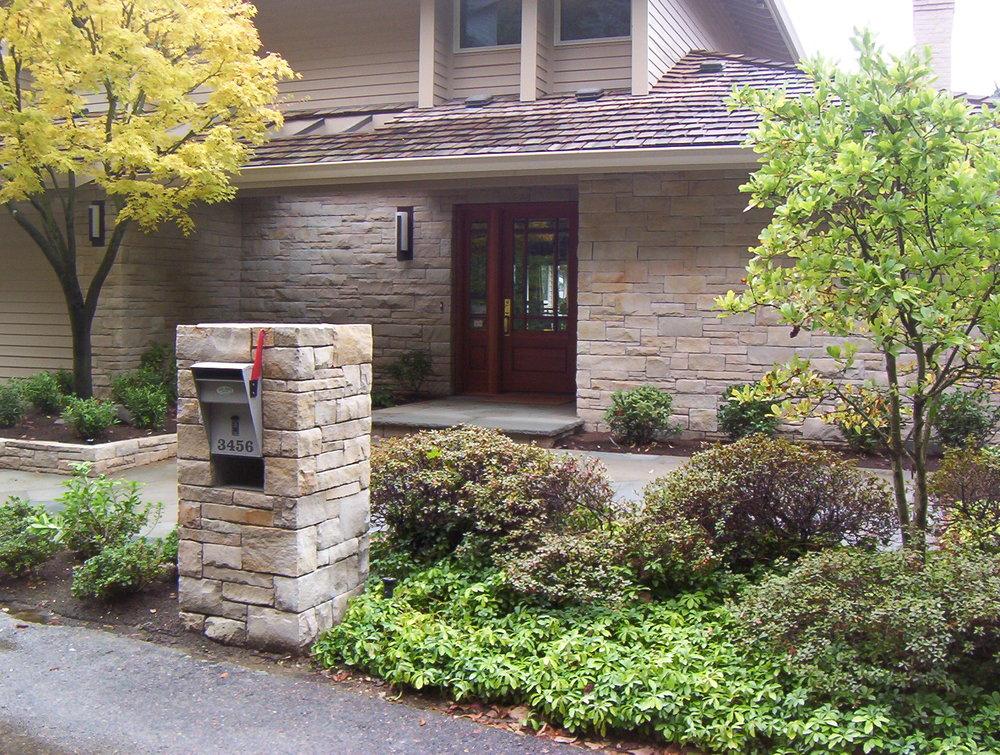 mailbox1.JPG