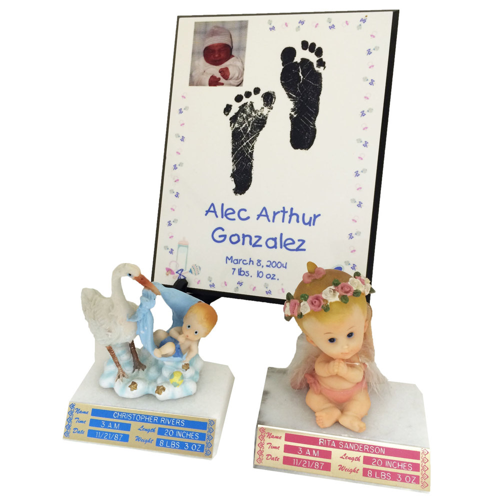 Misc Baby Items (Plaque and Figures)