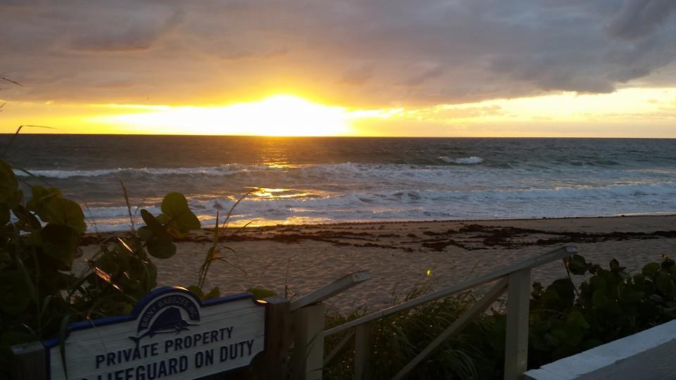 Briny Breezes Sunrise Entrance.jpg