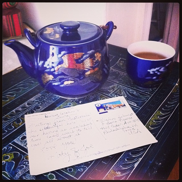 #postcard from a friend and #tea … #snowyday #treasures (at Home is where the Heart is)