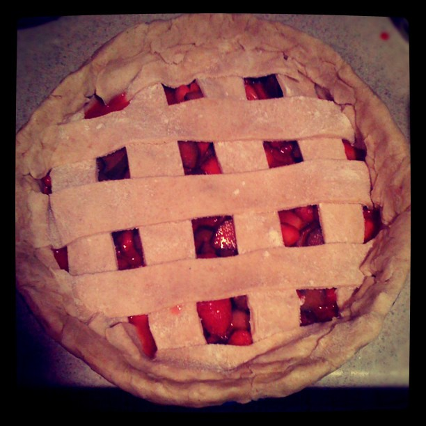 #strawberryrhubarbpie final moments before it bakes into amazingness!! (Taken with instagram)