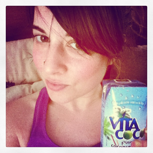 #vitacoco saves the day after givin the #acupucture to the awesome ladies! #detoxacupunctureyogaretreat! Its HOT 🔥in that room! #brittanypolicastro doesn't mess around! #beyondasana #restorativeharmonyacupuncture #poconosretreat