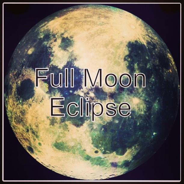 She's a #fullmoon #eclipse tonite…! (at Cosmos)