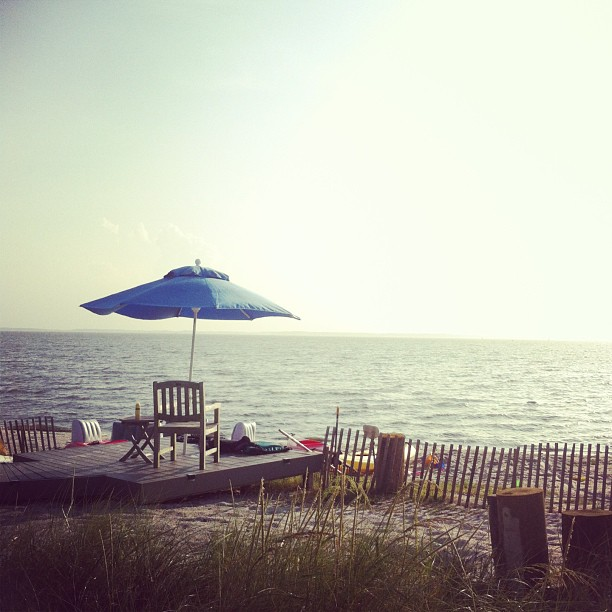 My view this weekend. Gratitude for good friends, their generosity, and mama nature for bestowing me this blessing! #countyourblessings @bobbabjak @dj_frosty (at Bayside Dewey Beach, Delaware)