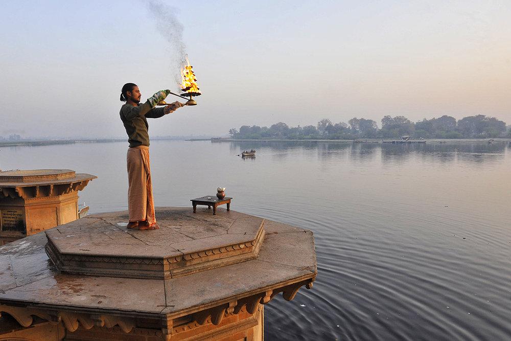 AE_India_Vishramghat_0105a.jpg