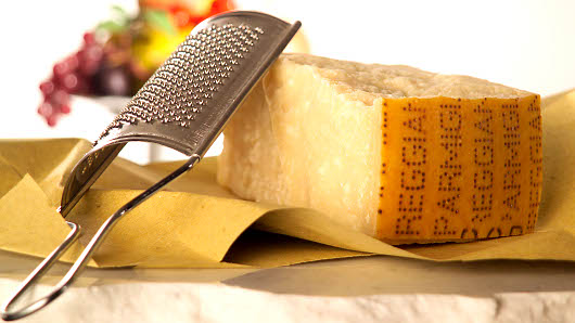 Photo courtesy of: http://www.parmigianoreggiano.com/