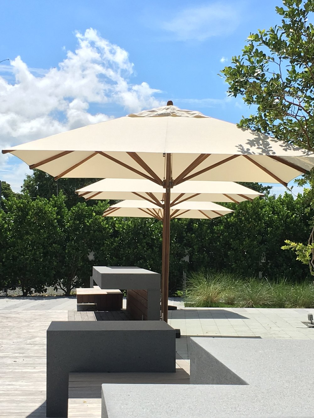 Levante Bamboo Center Pole Bambrella USA Sales Office Market - Commercial table umbrellas