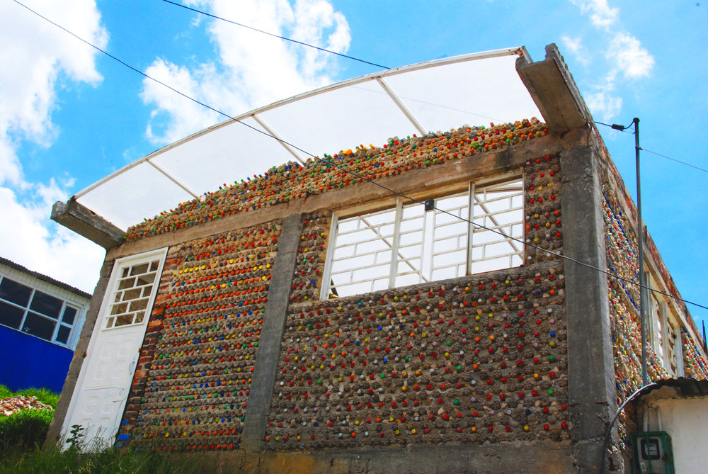 Nukanti's community center in Cazucá, on the outskirts of Bogotá, made of recycled plastic bottles.