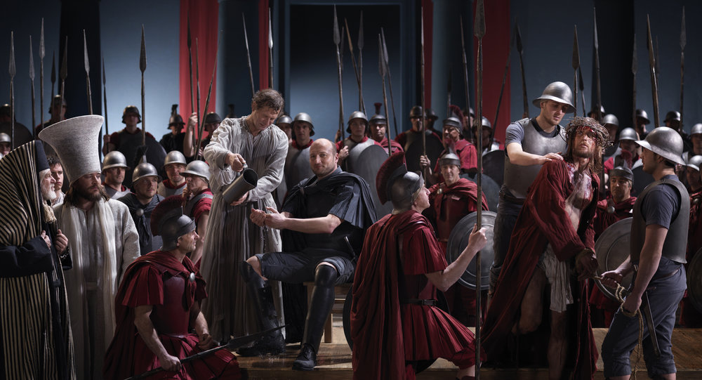 Pilate_condemns_Jesus_to_death.jpg