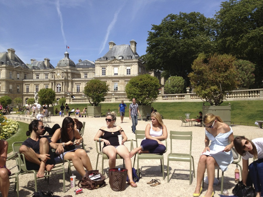 Lunch in Le Jardin du Luxembourg. (Utterly spoiled to have this down the street from school.)