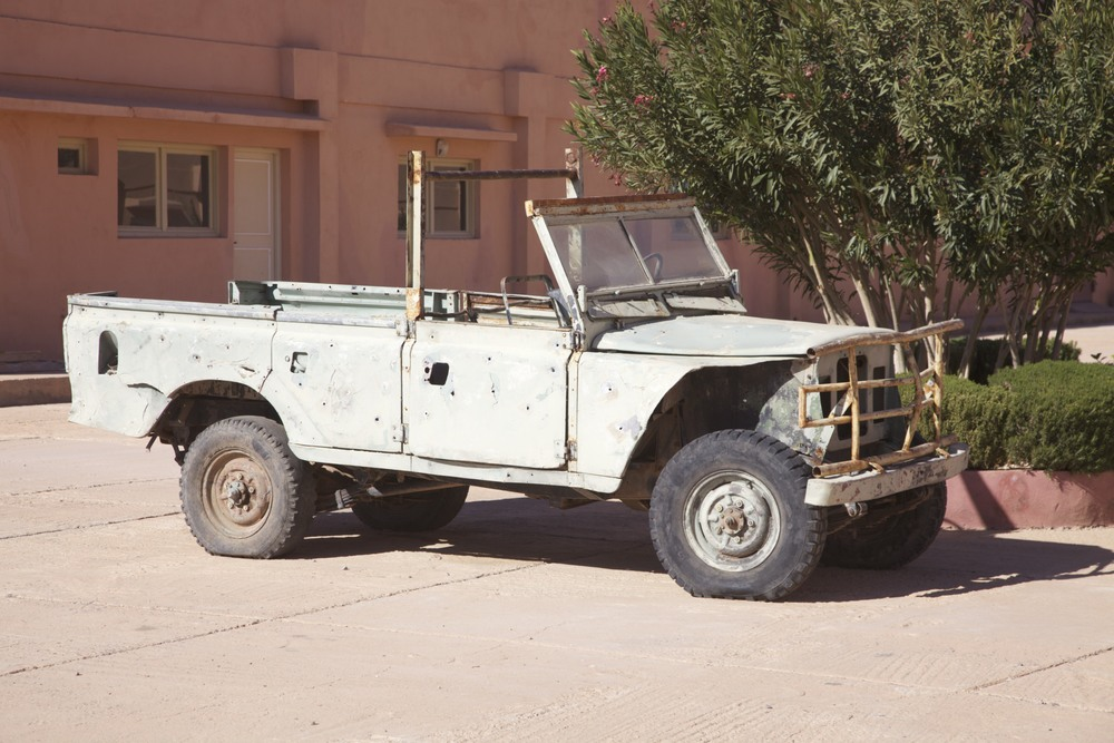 Car from Black Hawk Down.