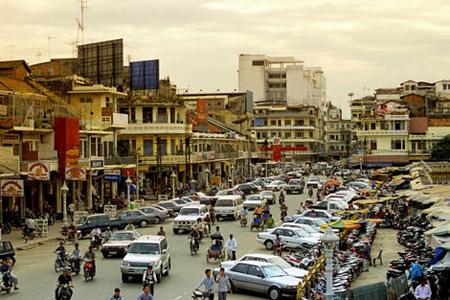 cambodia_busy-phnom-penh-street.jpg