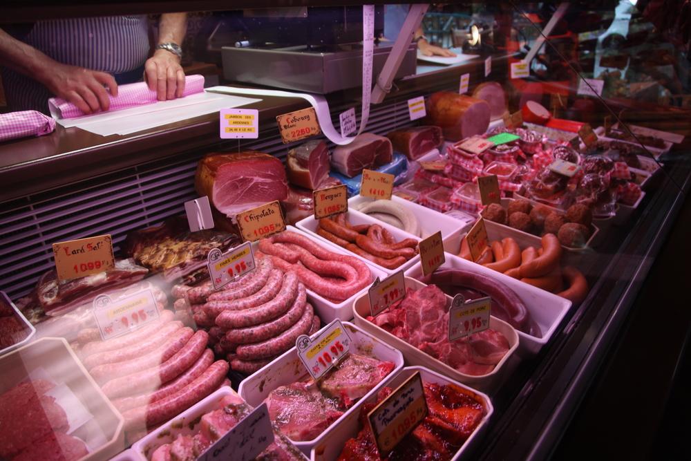Mmmmmm…meat. (At Han-sur-Lesse, Belgium.)