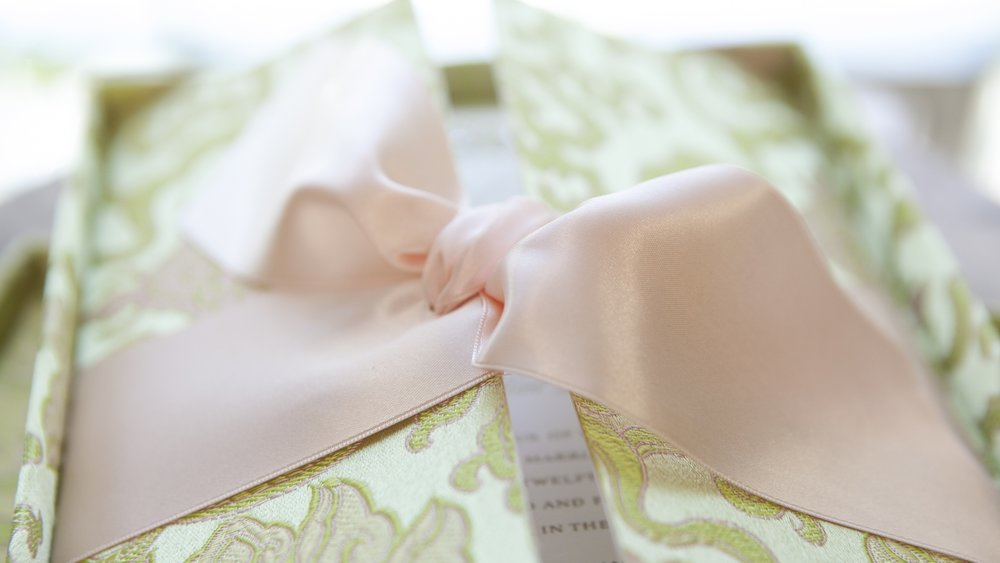 FollowSpotMedia_HannahHandmade_GreenSilkWedding_print-298.jpg