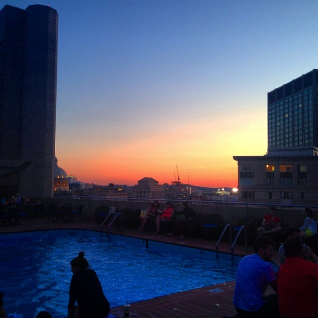 Ombré sangria and Summer sunset #boston #rooftop (at Roof Top Pool @ The Colonnade Hotel)