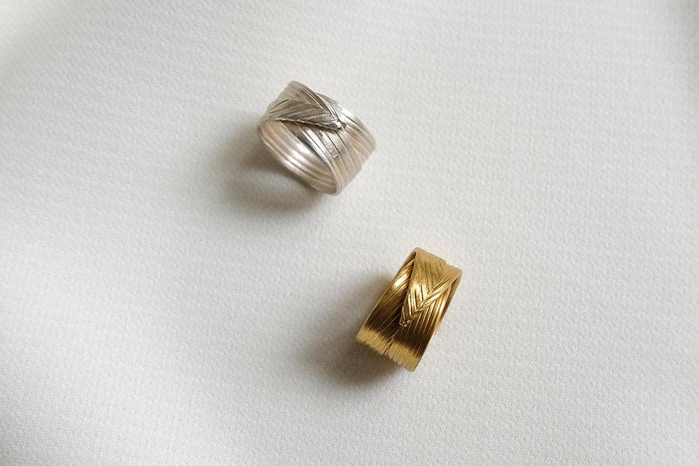 PALM LEAF RING 3.jpg