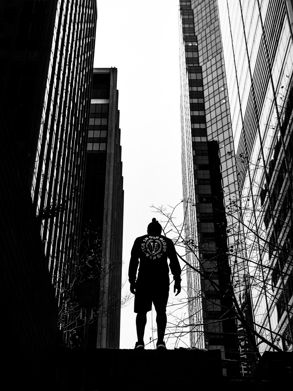 Mike-Araujo-Parkour-Freerunning-ViolentGents-Fashion-New-York-NY-NYC-Steve-Zavitz