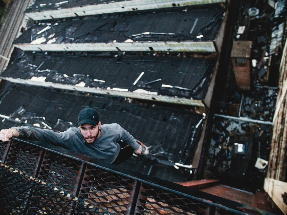 Jake-Migliorato-Parkour-Freerunning-UnknownProject-NYC-New-York-Urbex-Steve-Zavitz-Climbing