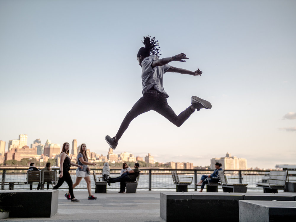Ishakamusa-Mualimm-Ak-Parkour-Motus-Projects-Parkour-Denims-New-York-NYC-NY-Manhattan-Vanguard-Steve-Zavitz