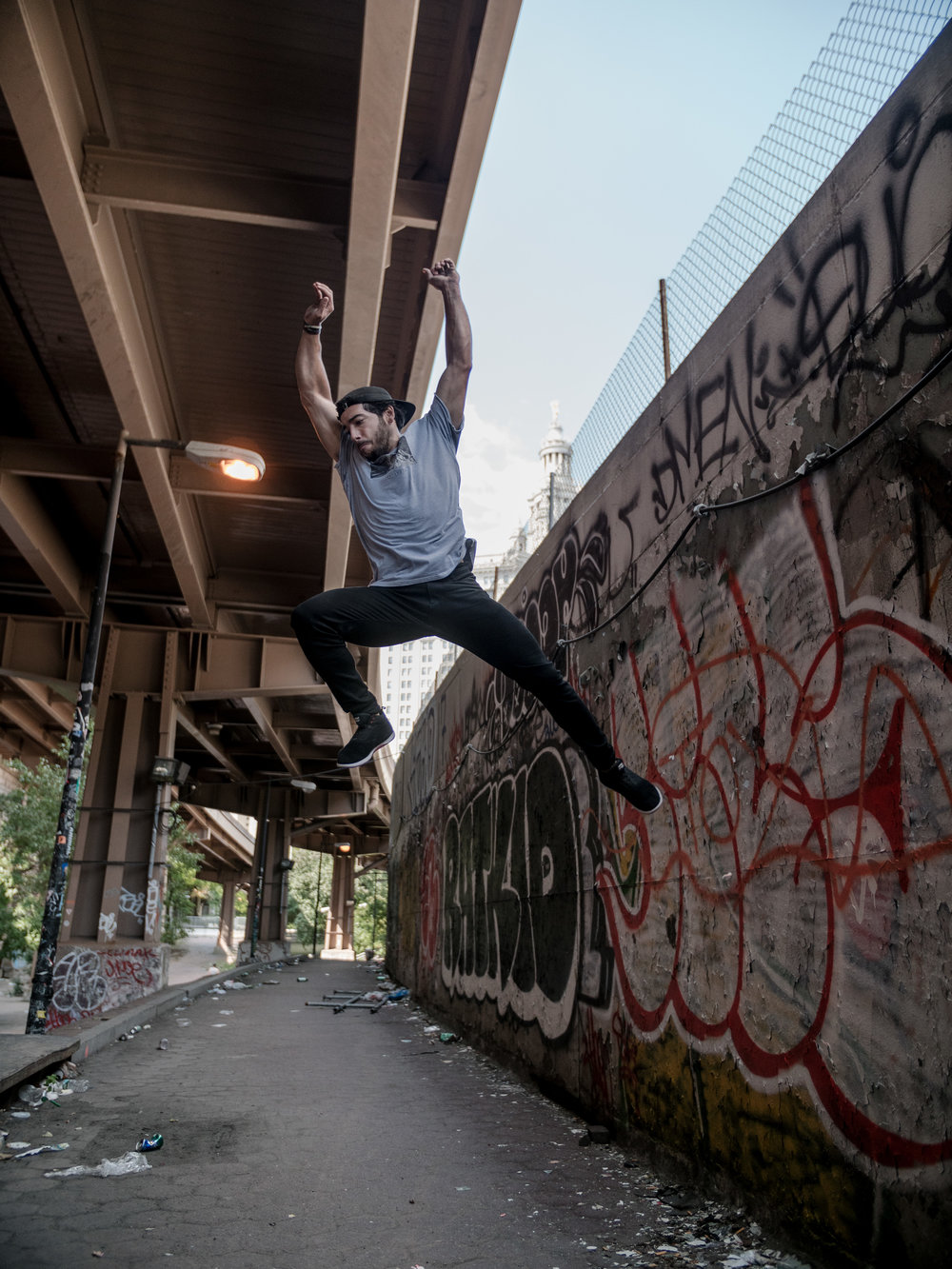 Mike-Araujo-Parkour-Motus-Projects-Parkour-Denims-New-York-NYC-NY-Manhattan-Vanguard-Brooklyn-Banks-Steve-Zavitz