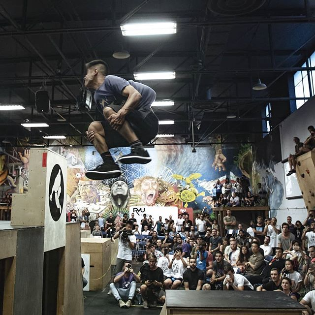 In case you missed it, I just finished shooting @sportparkour's annual NAPC. It was an absolute banger of an event this year with bigger tricks, faster runs, and beefier challenges. Here's a little taste of what I saw. @mantalpk stomping a full in back out to clinch first place during the style round. What was your favorite moment? . #napc #forgeparkour #vancouver #napc2018 #originsparkour #strikemvmnt #freerunning