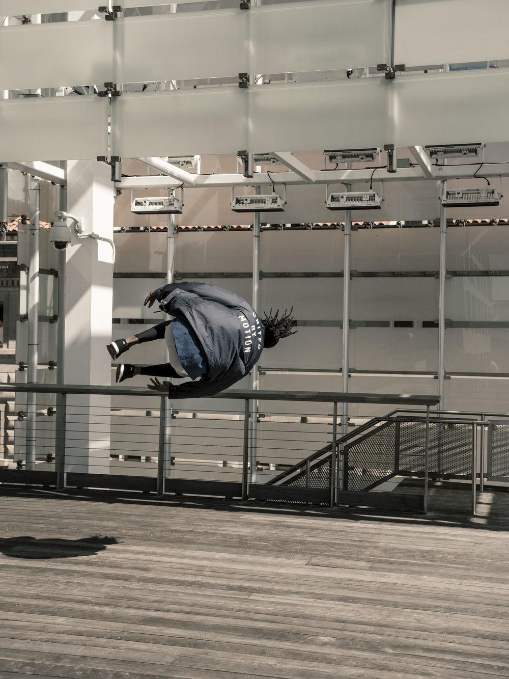 Sha-Mualimm-Ak-Parkour-Sideflip-Flip-Strike-MVMNT-NYC-Manhattan-Steve-Zavitz-Freerunning