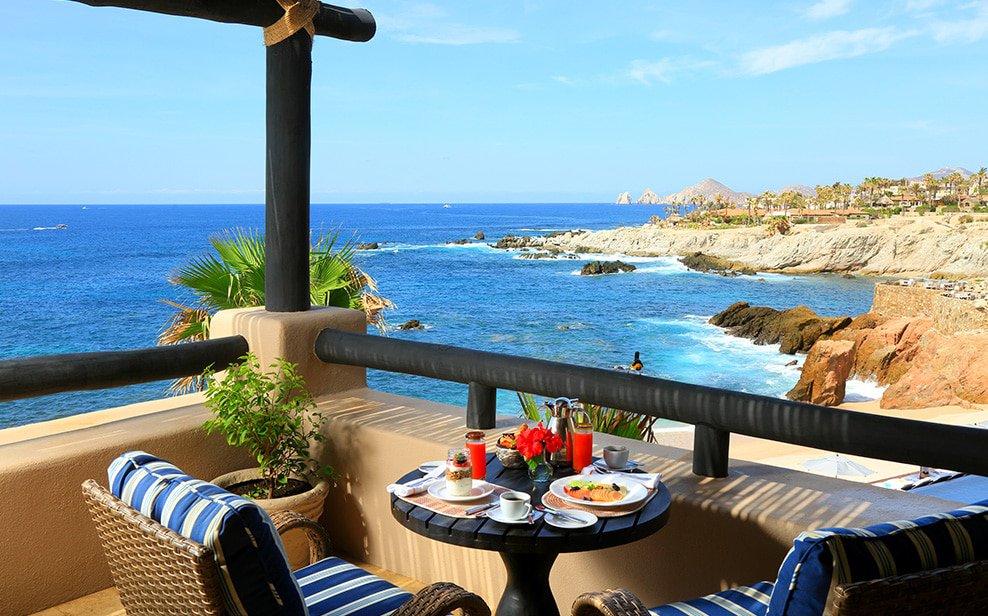 A room with a view at Esperanza in Los Cabos, Mexico. Image courtesy of  Esperanza .