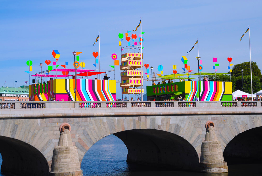 01-SUPERSTRUCTURE, Morag Myerscough & Luke Morgan, photo Luke Morgan.jpg