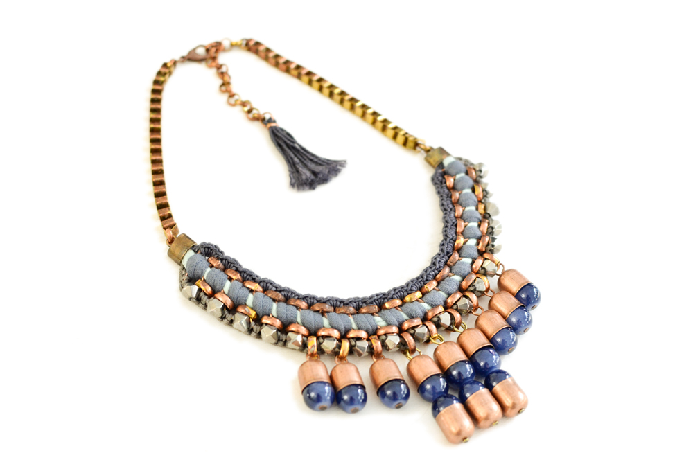 gudbling blue statement necklace