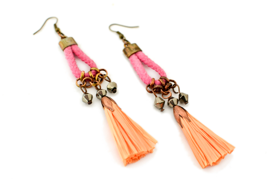 gudbling tassel earrings