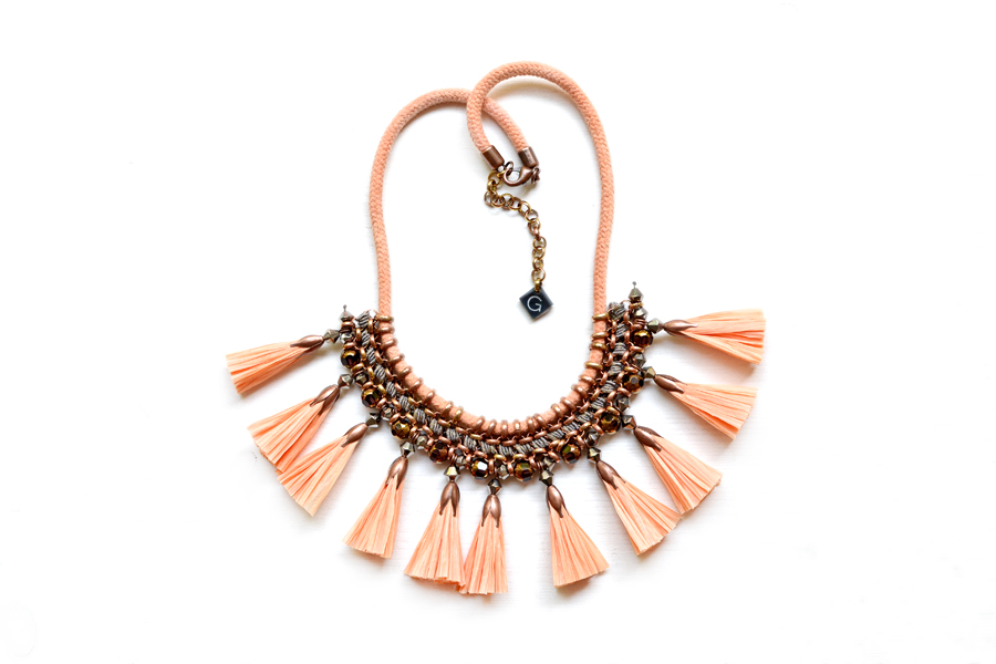 gudbling apricot tassel necklace