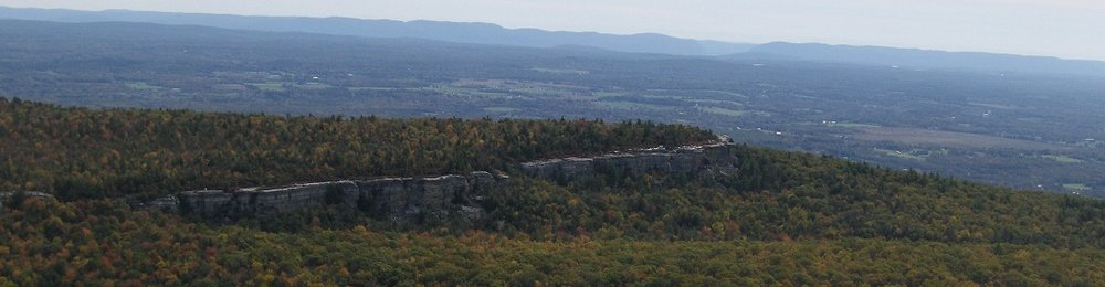 Minnewaska State Park in walking distance to the cottages