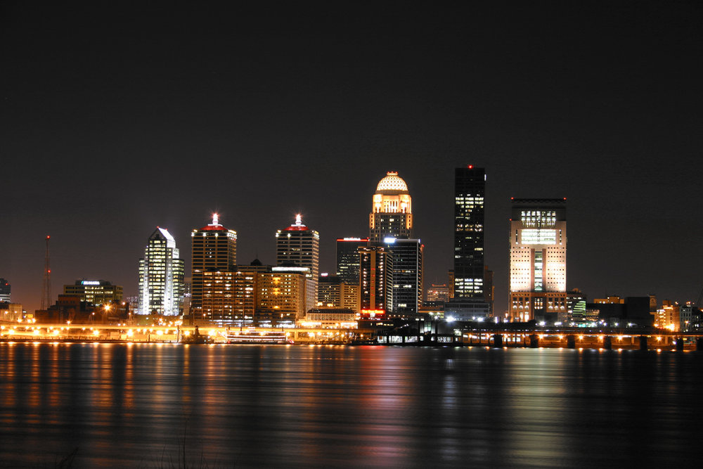 Louisville_skyline_night.jpg