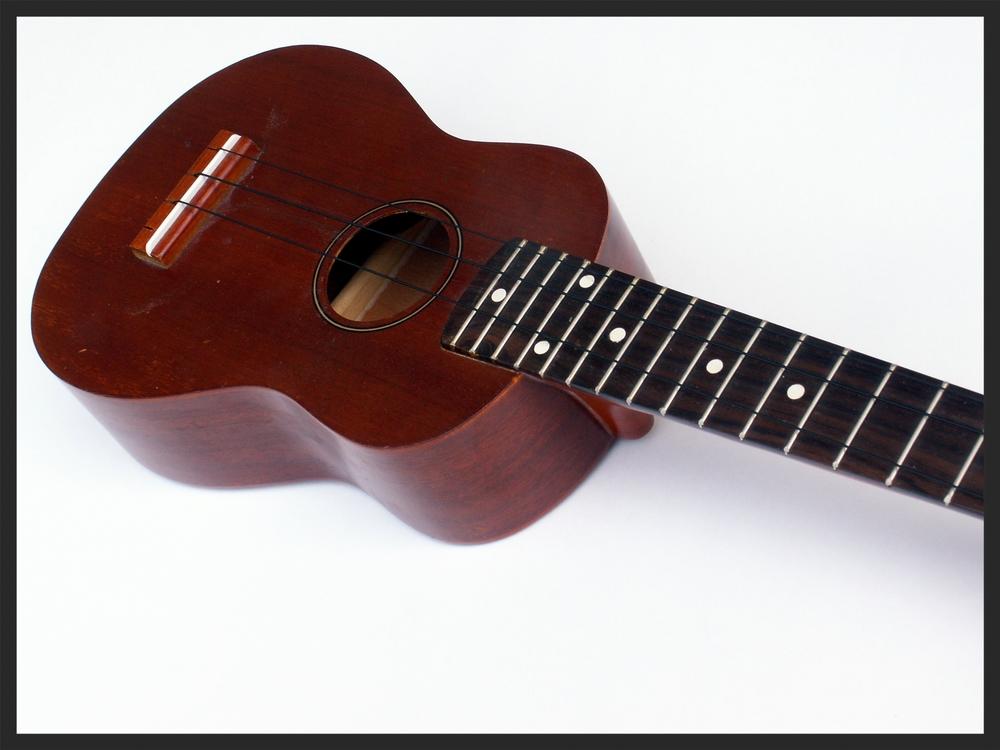 ukulele1.jpg