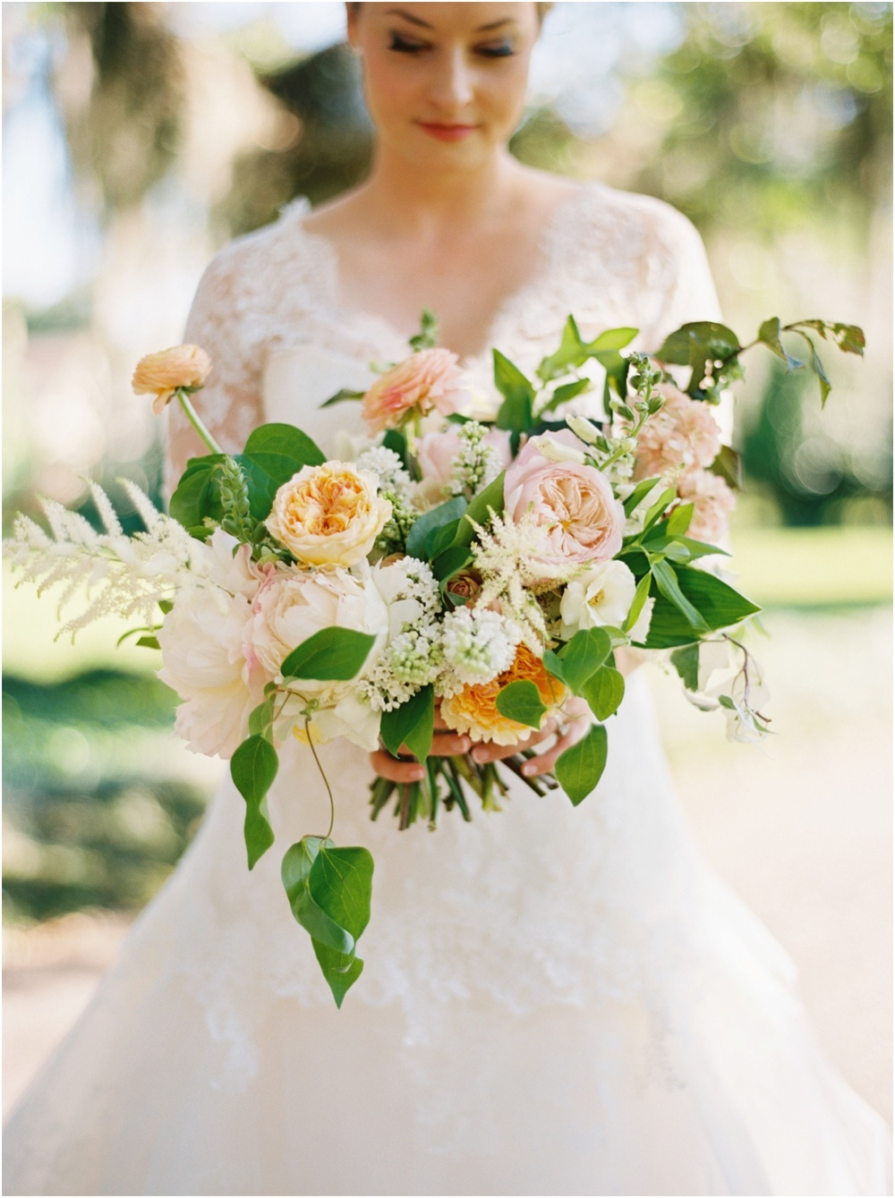 Mobile Country Club Wedding - Kristin Sweeting Photography, Holly Carlisle Florals