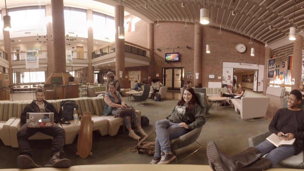 EXPERIENCE SKIDMORE IN 360 -