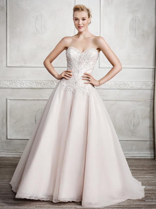 G Bridal Design 10.jpg