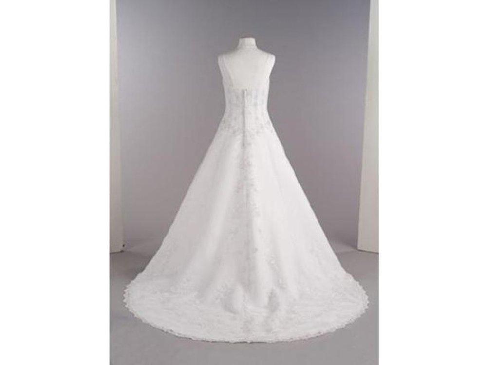 Davids-Bridal-A-line-V8822-White-2011-Front.jpg