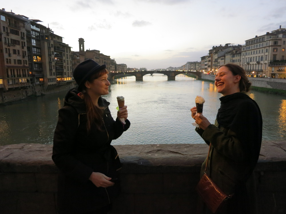 Ulla and Lea enjoy a delicious Gelate on the The Ponte Vecchio