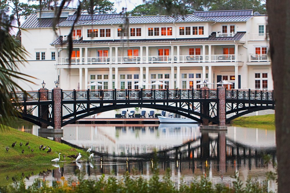 A look through the lagoon at the Inn & Reception