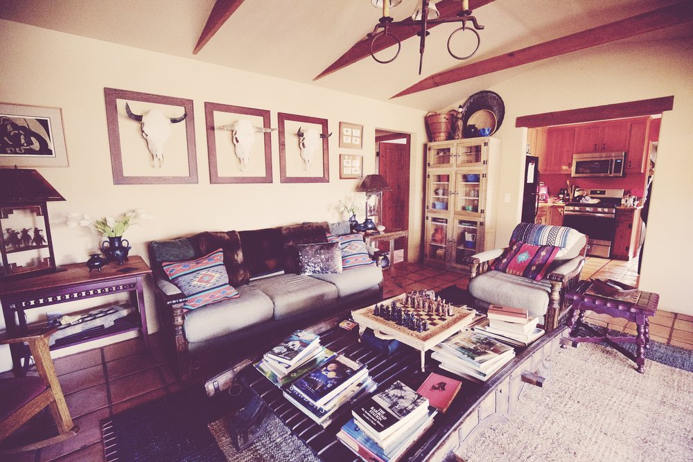 IMG_6270_x living room.jpg