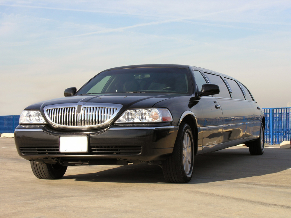 luxury-lincoln-limo.jpg