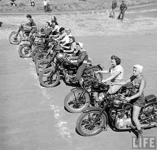 bike-girls-009.jpeg