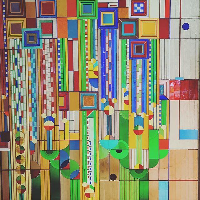 #artdeco #franklloydwright #biltmore #arizona #christmas #christmasdinner #latergram #phoenix #arizonabiltmore #architecture #colors