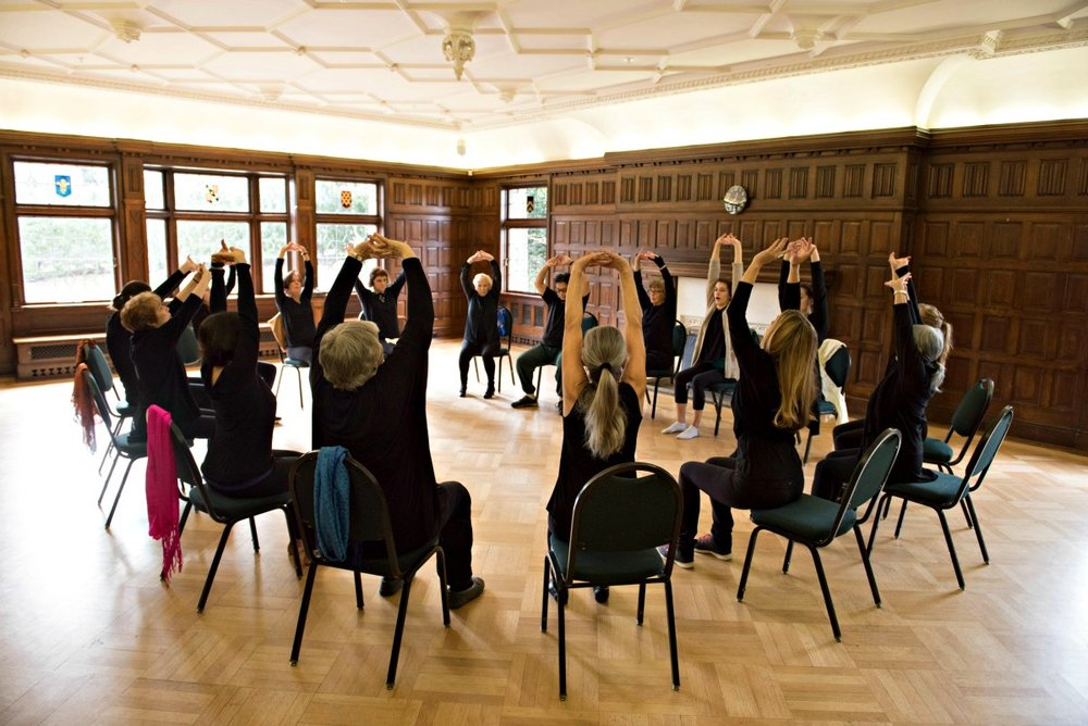 creative-dance-circle.jpgdezza-dance-older-adults-community-dance