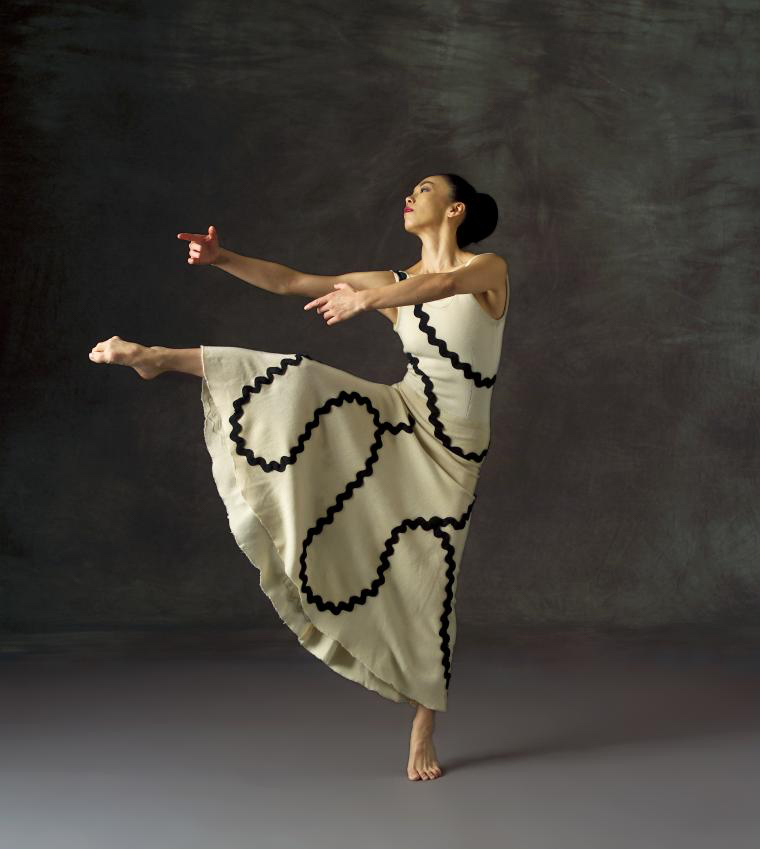 PHOTO: MIKI ORIHARA COURTESY THE MARTHA GRAHAM DANCE COMPANY