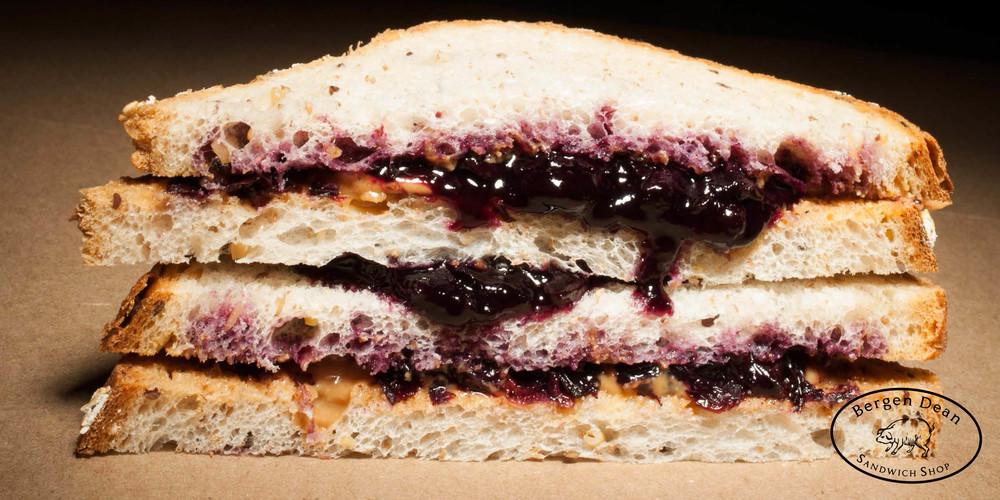 Sandwich_PBJ.jpg
