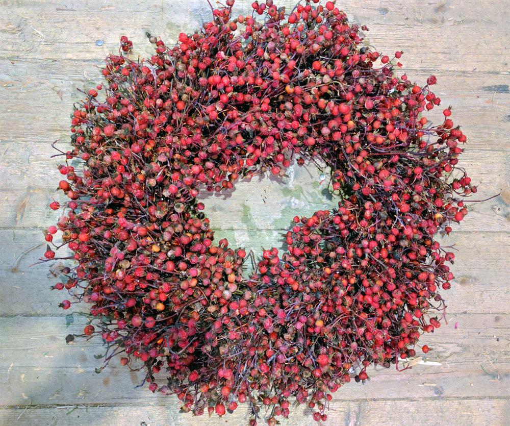 rose hip wreath.jpg